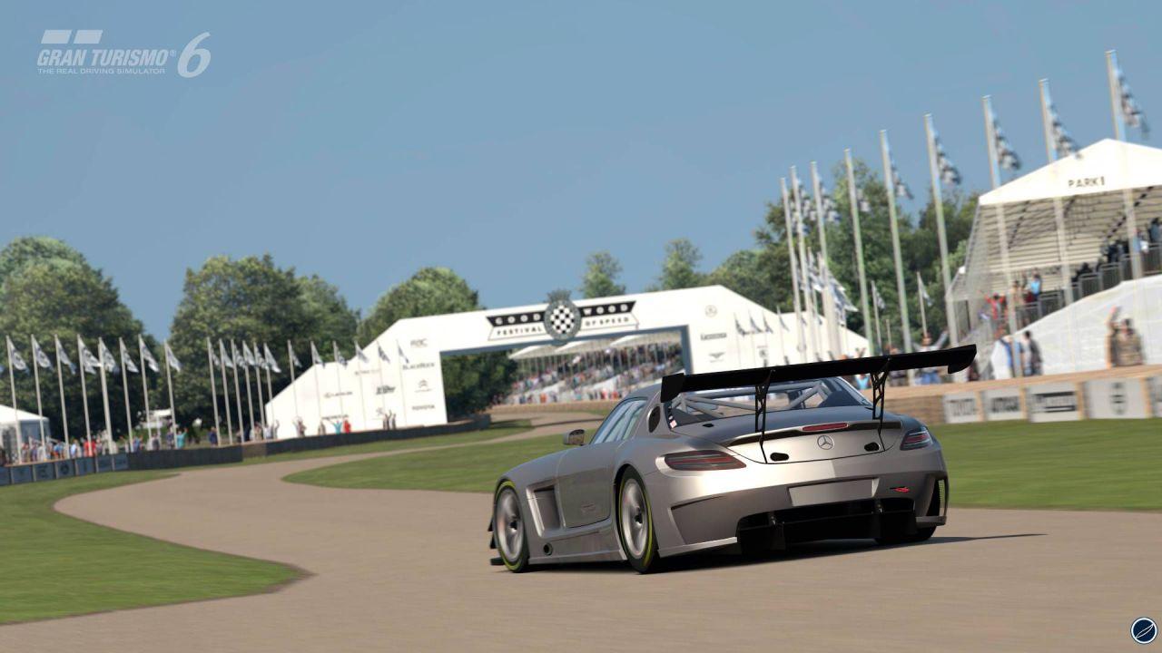 Gran Turismo 6: bundle con PlayStation 3 in Giappone