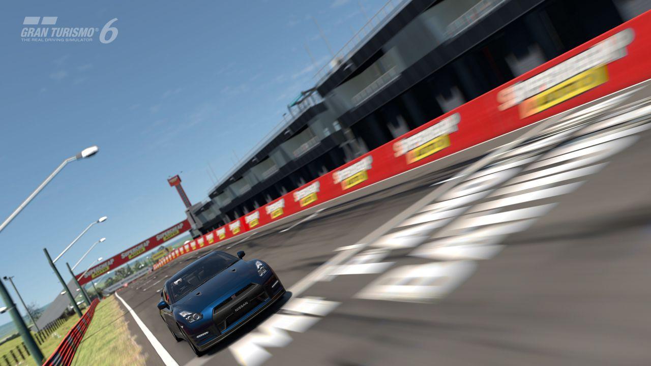 Gran Turismo 6: due minuti di video gameplay off-screen