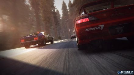 Grid 2 rimane al primo posto della classifica UK. Remember Me debutta al terzo