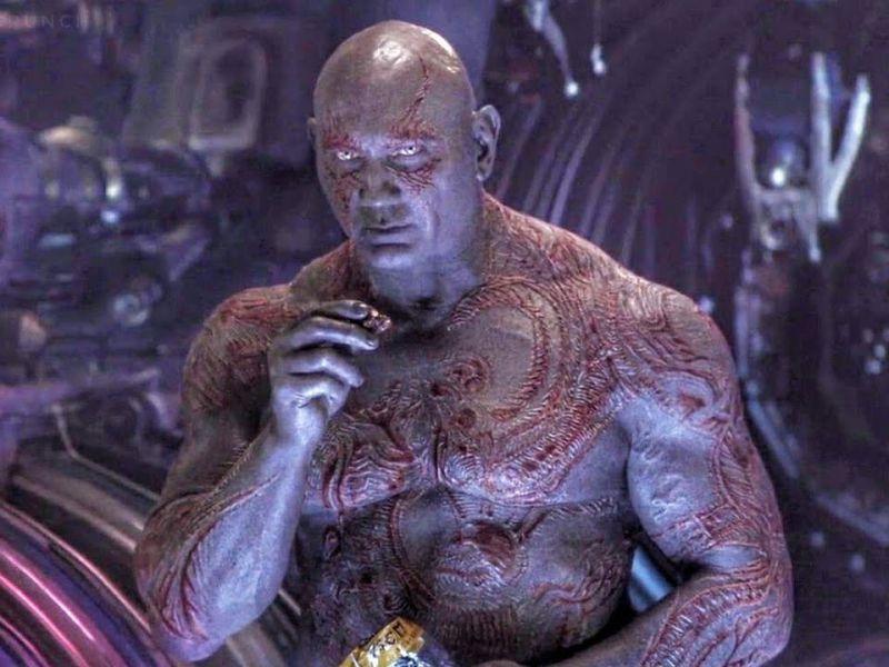 Guardiani della Galassia: l'incredibile motivo per cui Drax crede di essere invisibile!
