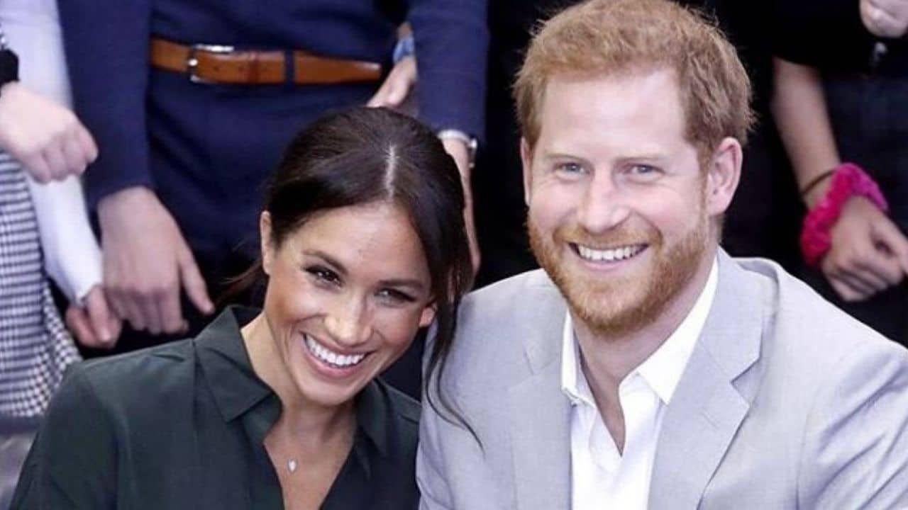 Harry e Meghan: il tenero scatto conferma la notizia di una nuova gravidanza