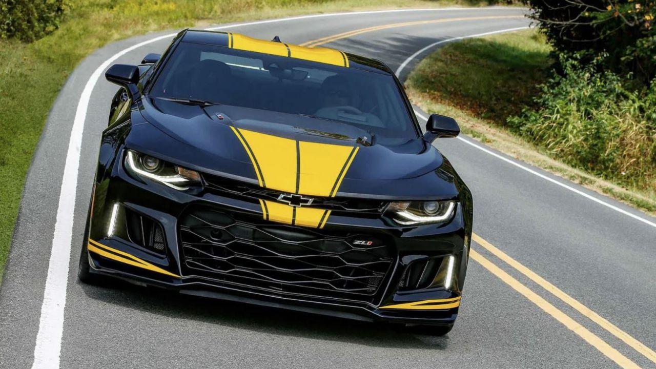 Hertz, il colosso del noleggio auto dichiara bancarotta (e svende Corvette)