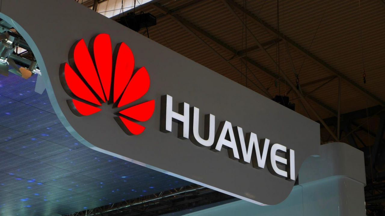 Huawei riduce la forza lavoro nel settore smartphone
