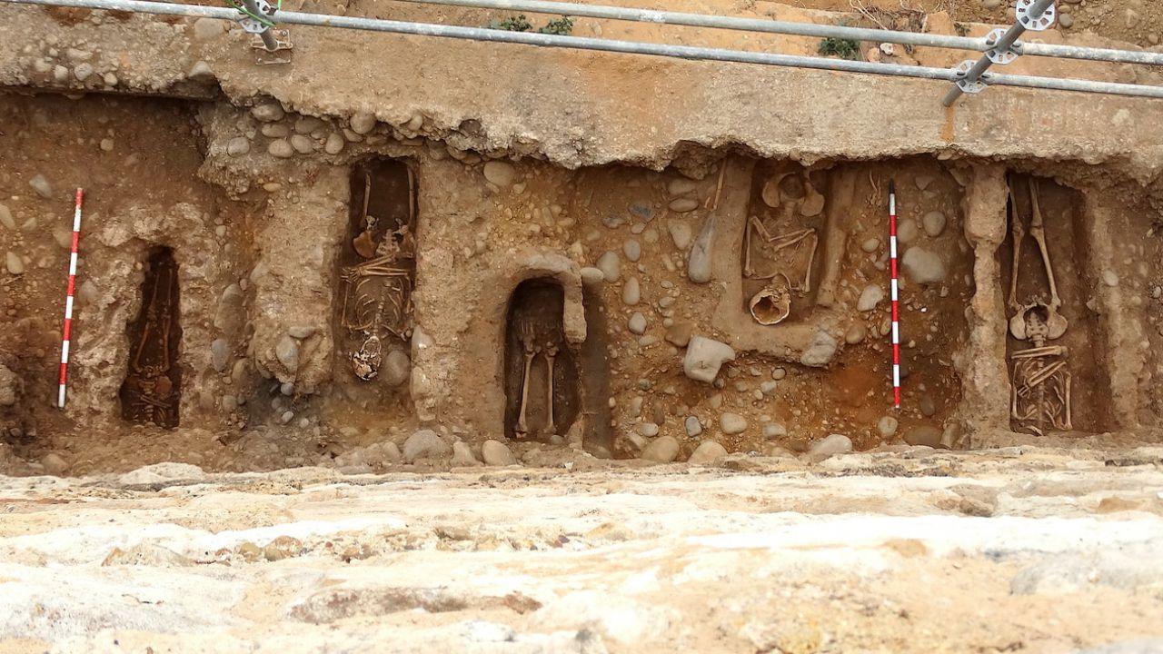 I misteri dietro le 22 ossa trovate in Spagna sotto le mura di una città