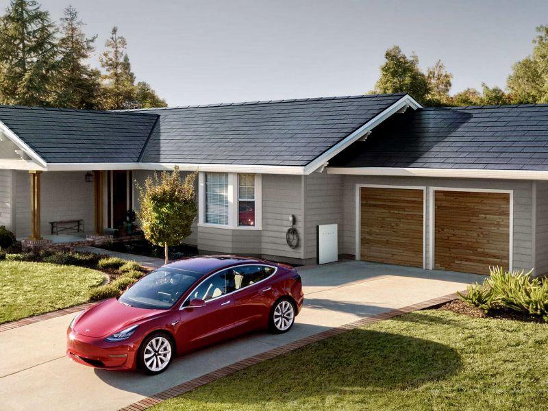 I pannelli solari di Tesla in arrivo in Europa: la conferma di Elon Musk
