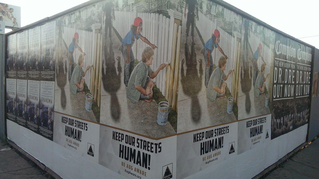 I poster promozionali di Deus Ex: Mankind Divided per le strade di New York