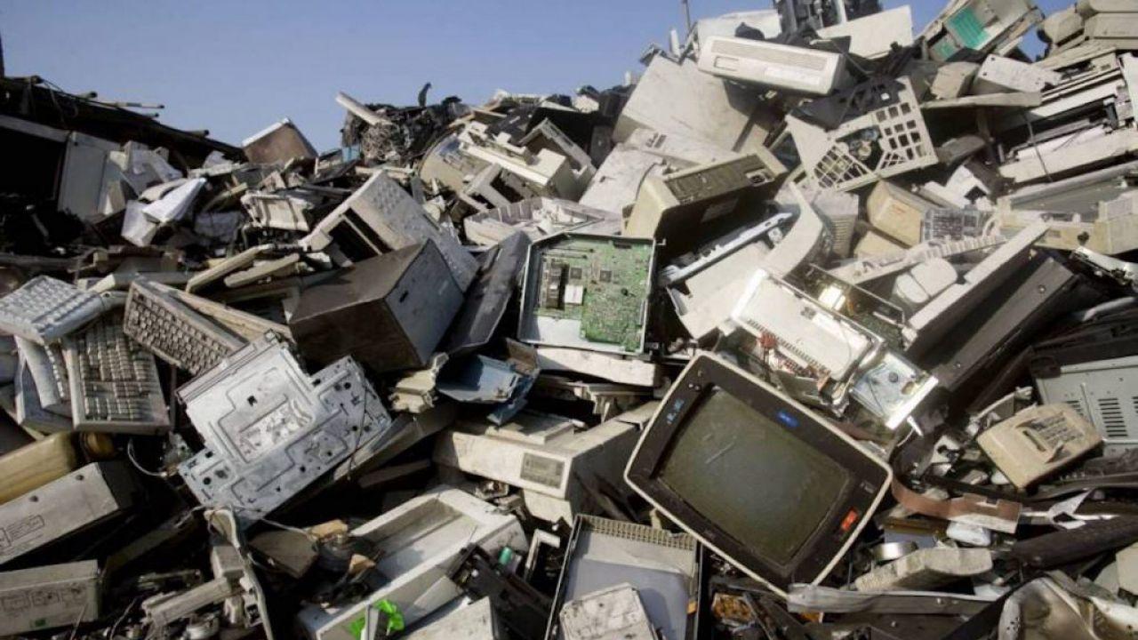 I rifiuti elettronici annuali potrebbero raggiungere i 75 mln di tonnellate entro il 2030