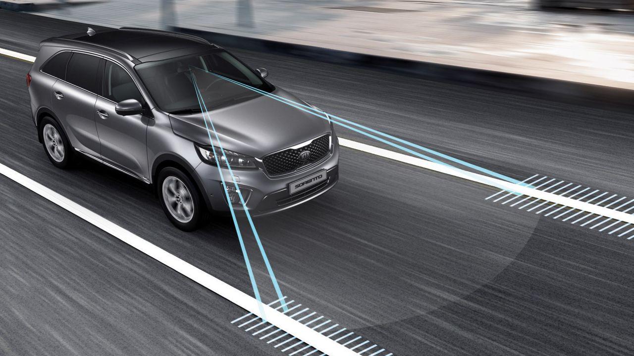 I sistemi di assistenza alla guida (ADAS) aumentano i costi di riparazione