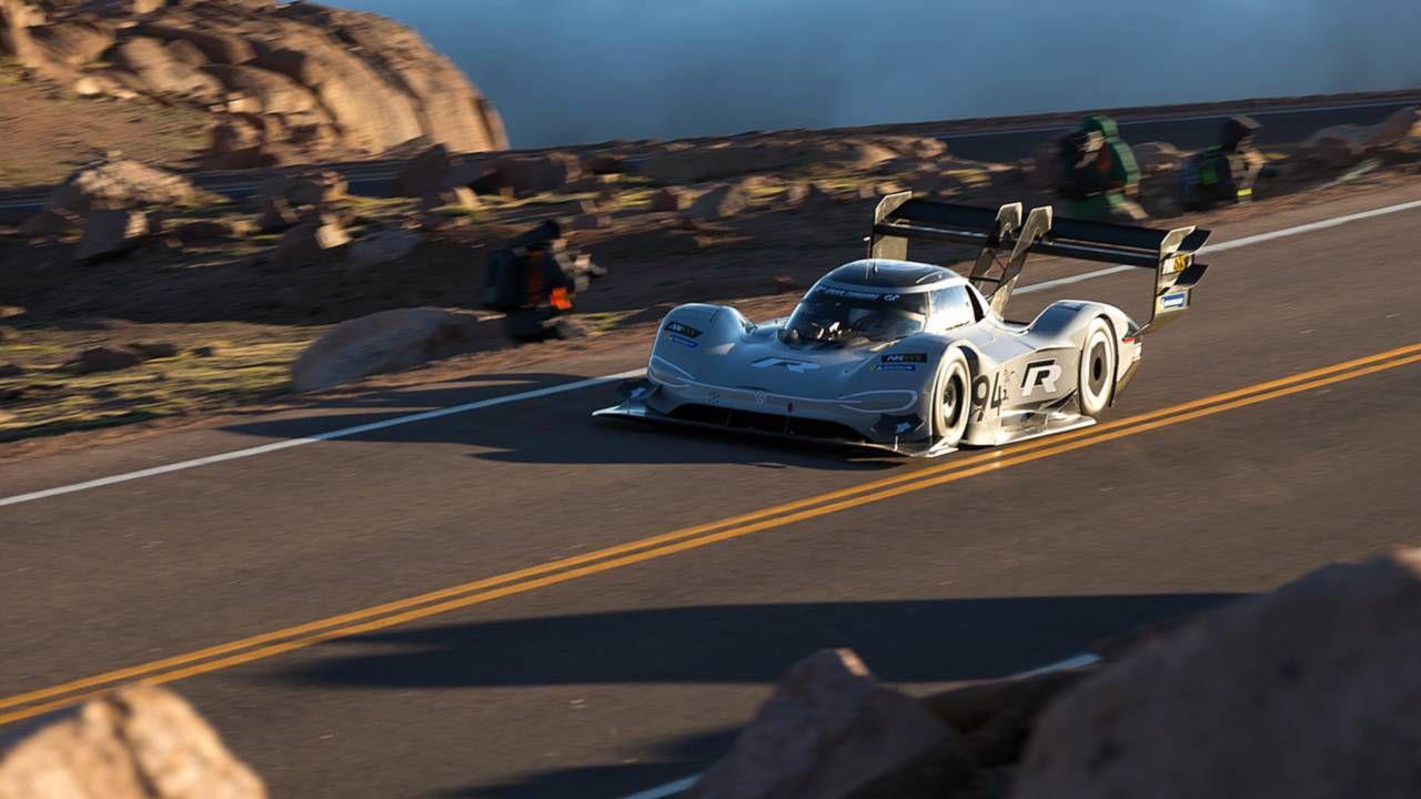 ID R Pikes Peak: l'auto elettrica di Volkswagen si porta a casa un record di velocità