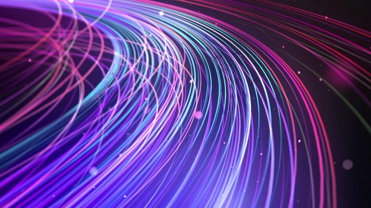 Il Governo accelera sulla rete unica per la fibra ottica: si guarda anche a Sky e Poste
