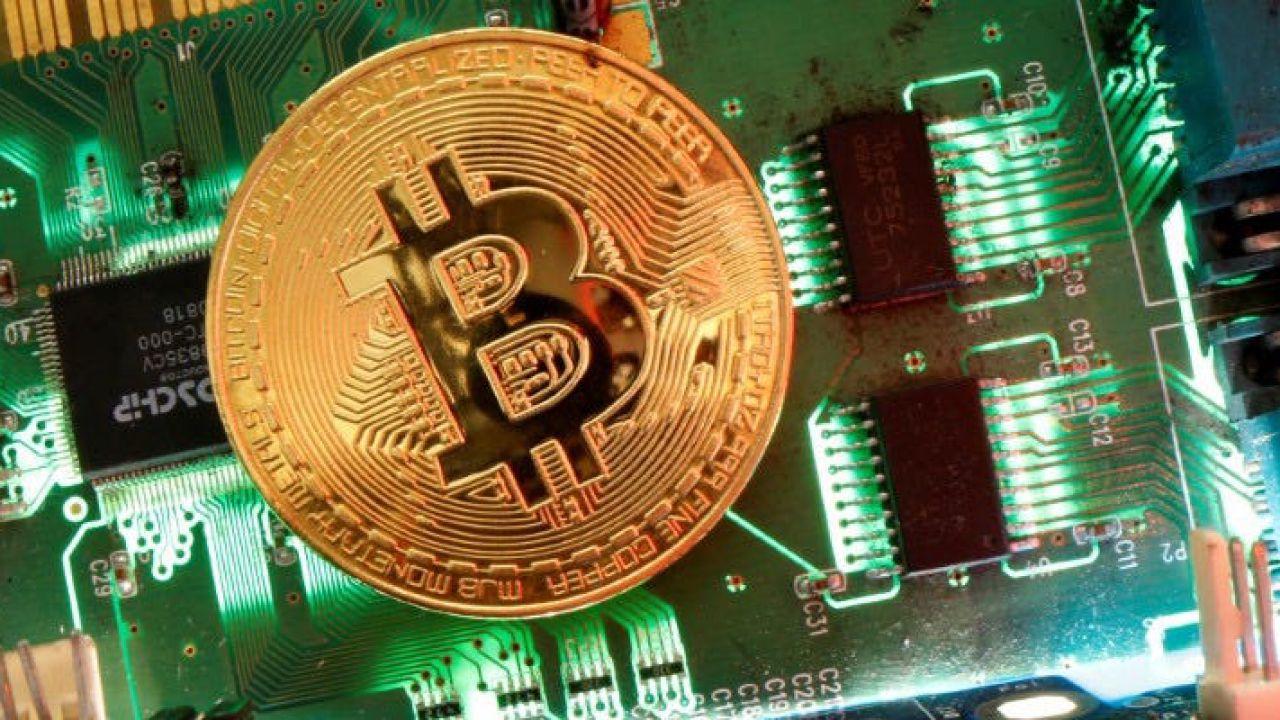 Il Bitcoin riprende a volare: raggiunto il valore più alto dell'ultimo anno