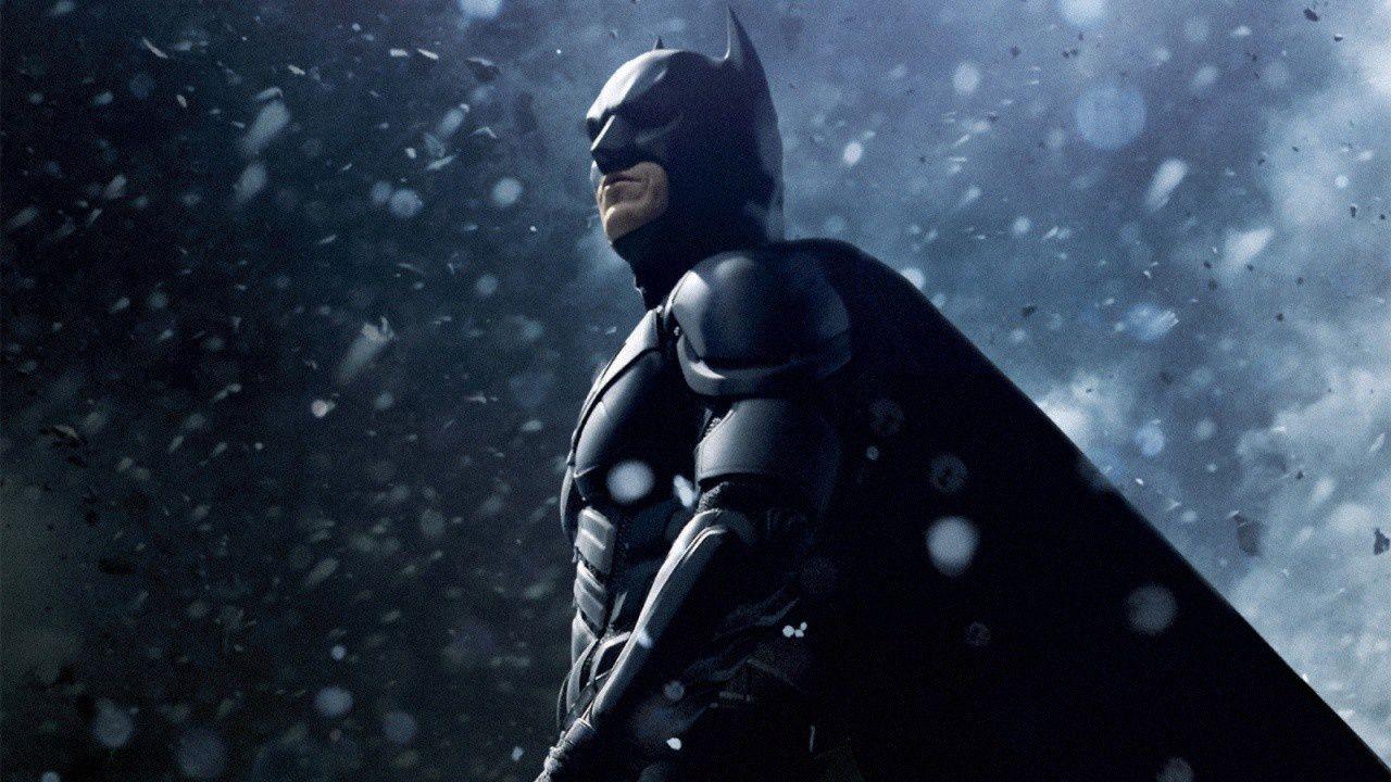 Il Cavaliere Oscuro: questa incredibile statua di Batman vi farà perdere la testa