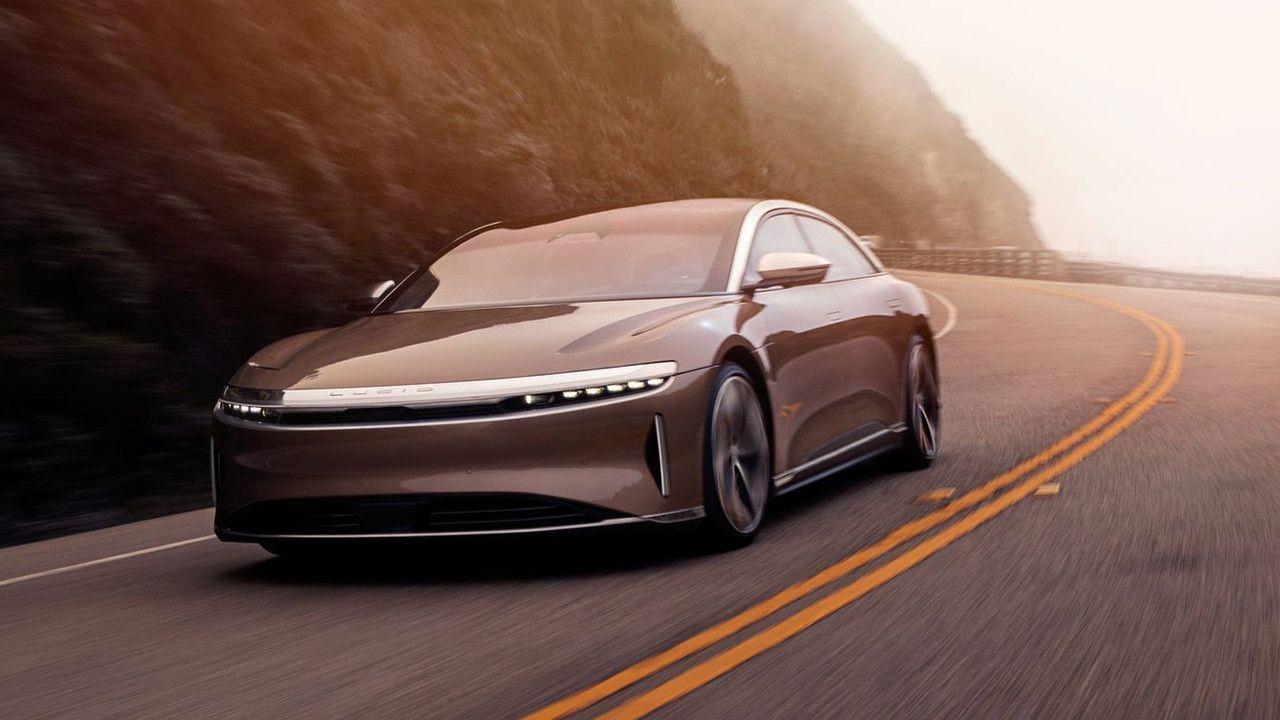 Il CEO di Lucid Motors ci spiega perché Tesla non è una diretta rivale