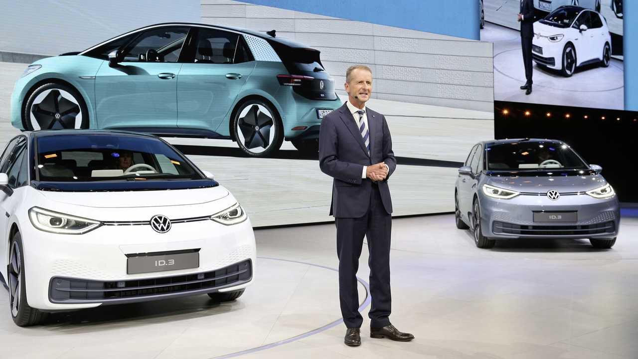 Il CEO di Volkswagen sale sulla Tesla Model Y:'un riferimento in molti aspetti'