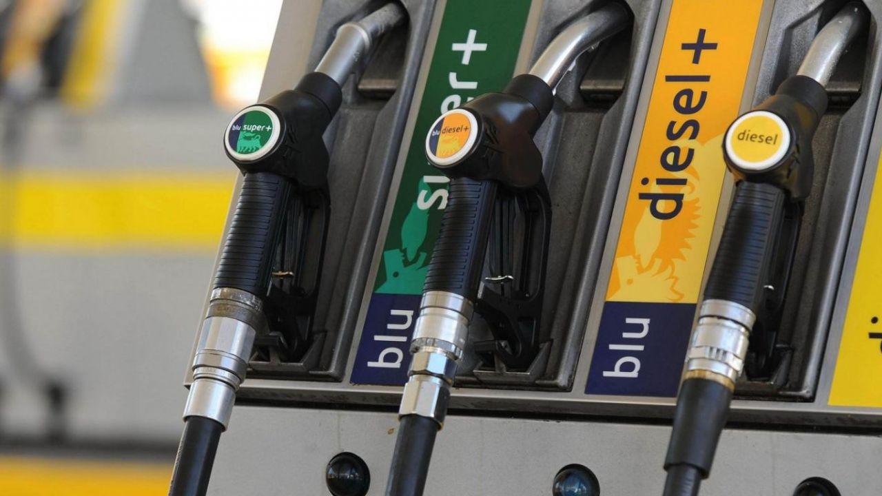 Il governo conferma: 'taglio delle accise su carburante entro l'anno'