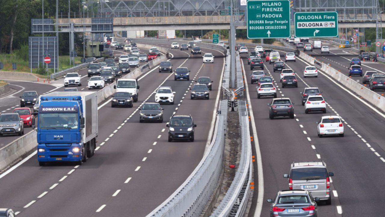 Il Coronavirus fa crollare il traffico autostradale: -40% la scorsa settimana