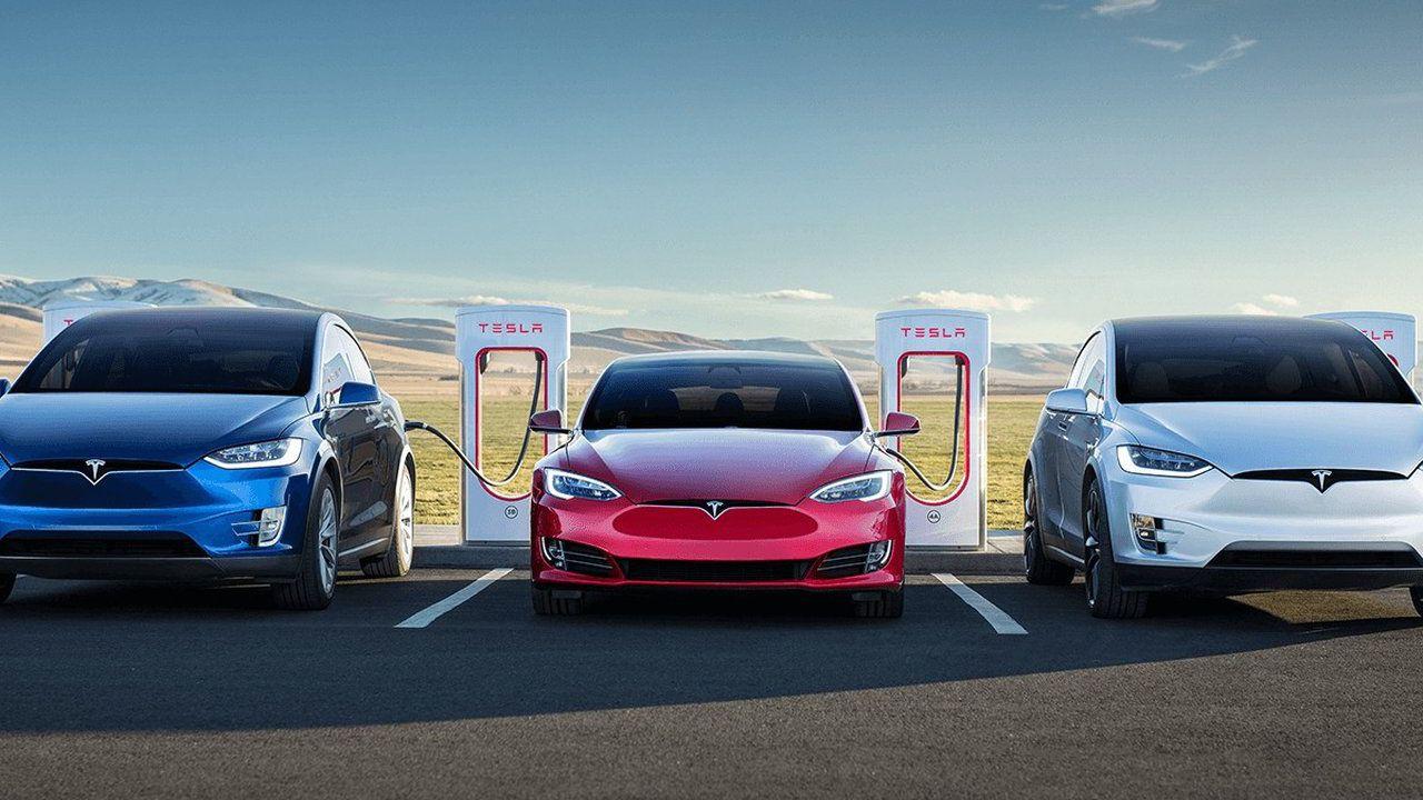 Il Coronavirus impazza, ma Tesla continua a macinare record su record