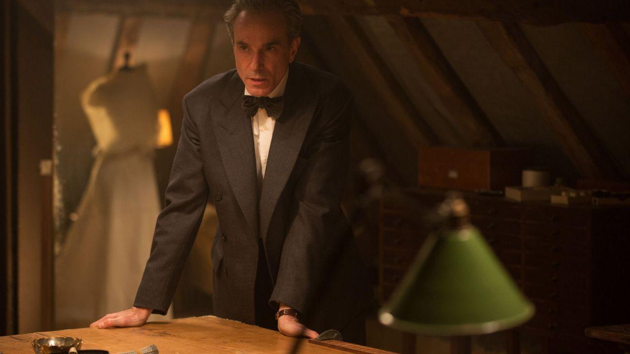 Il Filo Nascosto: Daniel Day-Lewis e Lesley Manville in una scena eliminata dal film