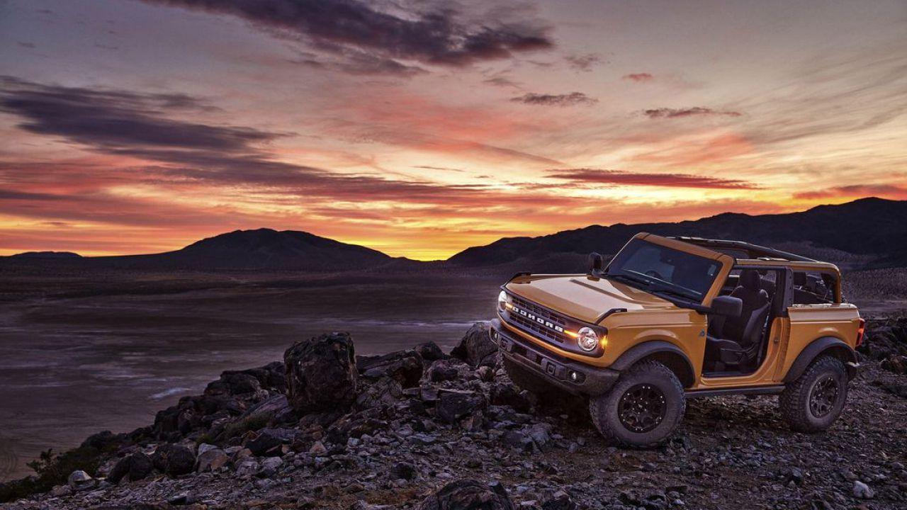 Il Ford Bronco Sasquatch monterà un cambio manuale a 7 marce