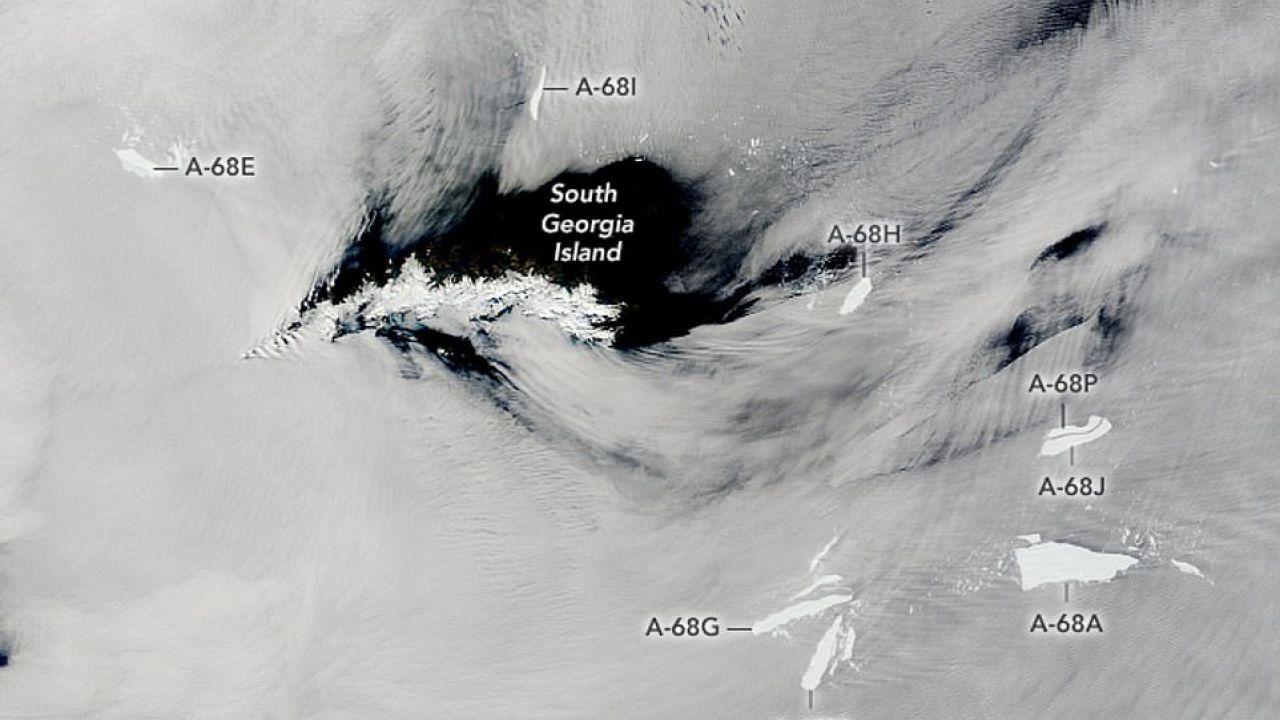 Il più grande Iceberg del mondo si è diviso in tanti piccoli pezzi: ecco la foto