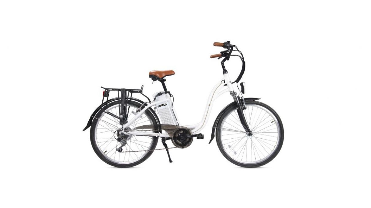 Il monopattino Go Smart Eco 10 e la bici Smartway C1 nel volantino Sinergy