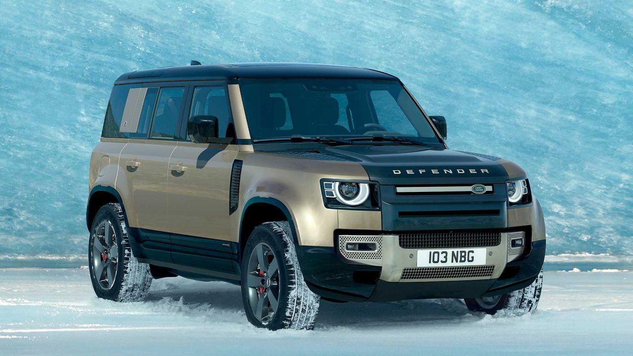 Il nuovo Land Rover Defender 2020: moderno e robusto, le foto