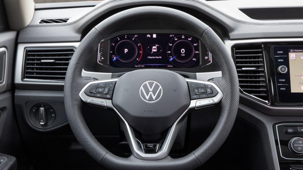Il nuovo logo Volkswagen debutta sulle vetture del brand