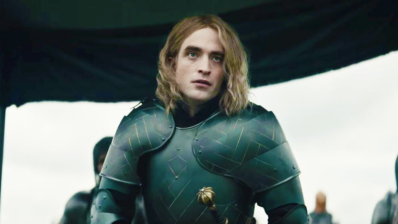 Il Re, David Michôd racconta la trasformazione di Robert Pattinson nel Delfino di Francia