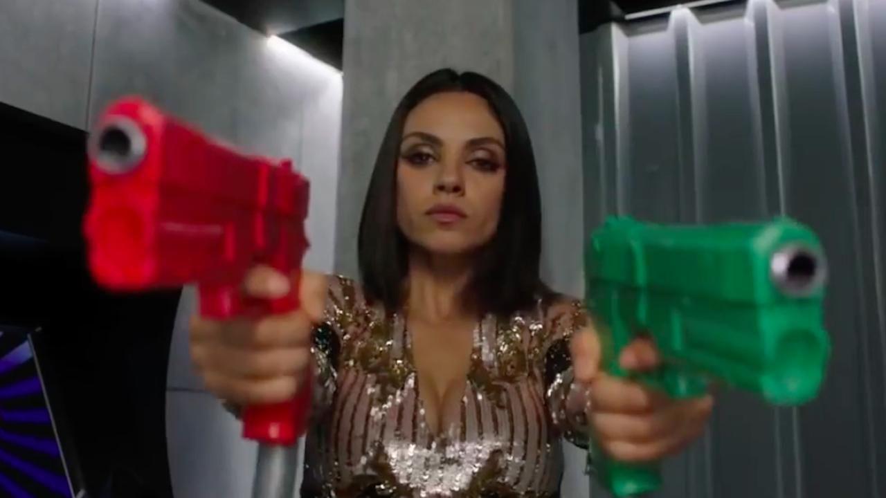 Il tuo ex non muore mai tre nuovi spot tv per la commedia for Il tuo ex non muore mai trailer ita