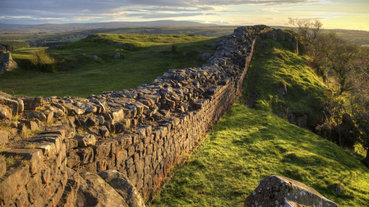 Il Vallo di Adriano: il muro più celebre della storia dell'Occidente
