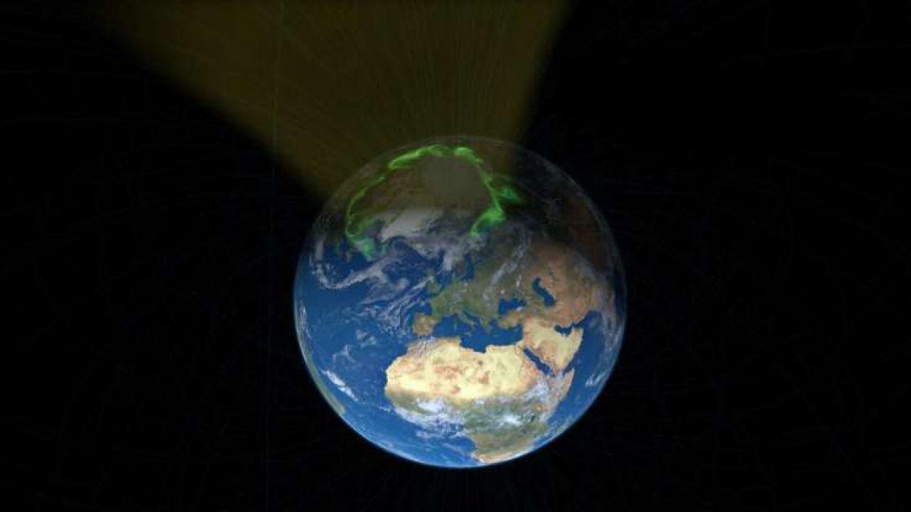 Il vento solare è attratto di più dal Polo Nord che dal Polo Sud: il motivo è sconosciuto