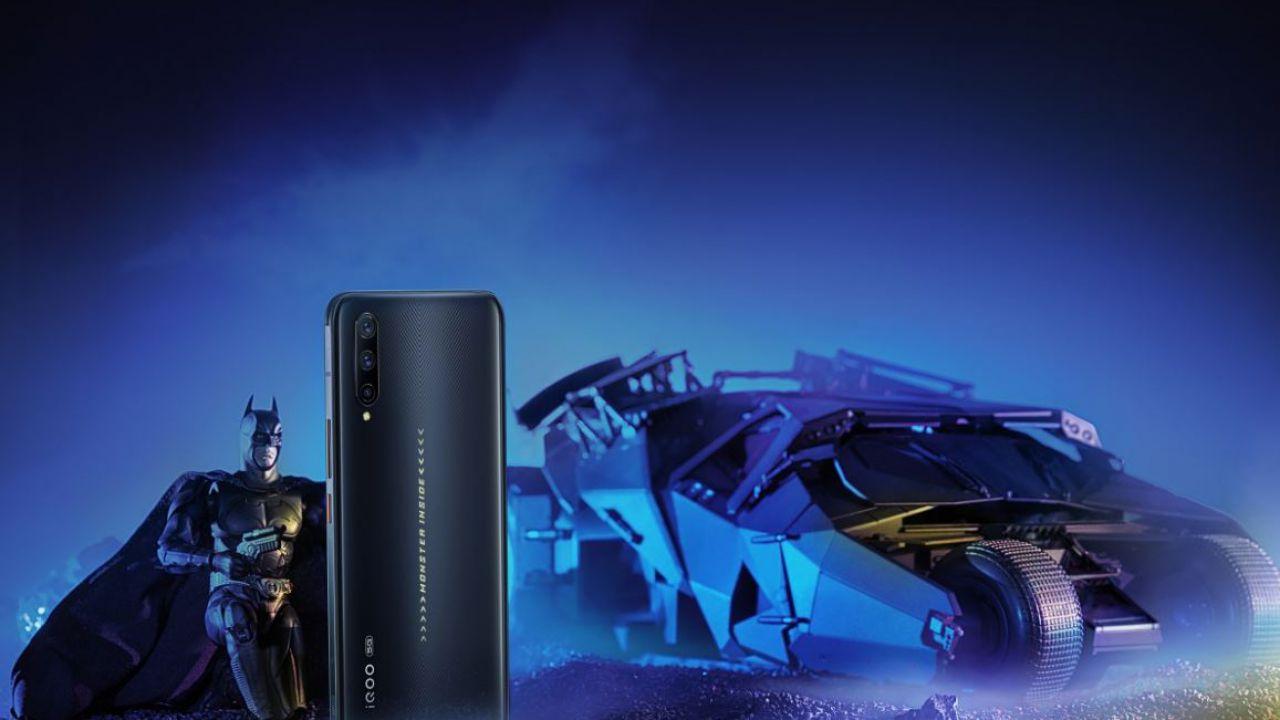 Il Vivo iQOO Pro 5G in bundle limitato per gli 80 anni di Batman