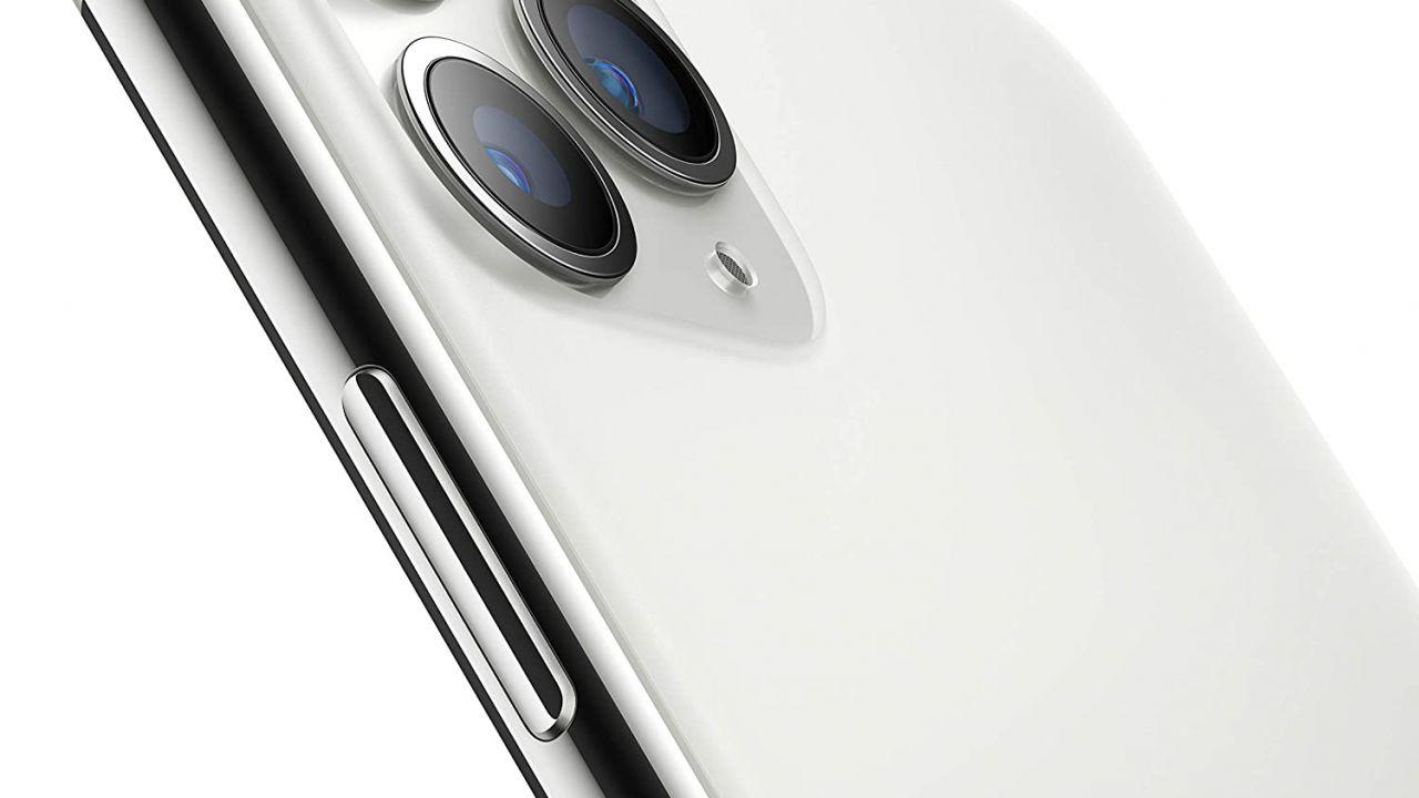 iPhone 11 Pro, super offerta su Amazon: quasi 300 Euro di sconto!