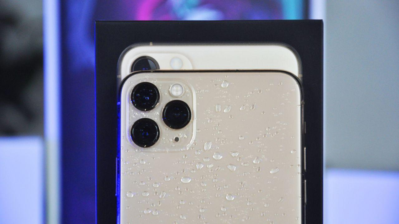 iPhone 11: vendite più alte del previsto, Apple aumenta la produzione