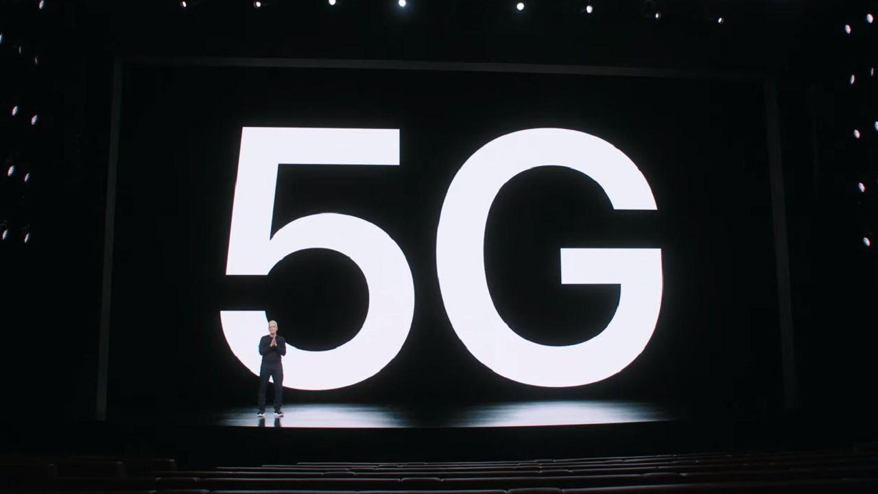 iPhone 12 e 5G, gli aggiornamenti si possono scaricare con i dati mobili
