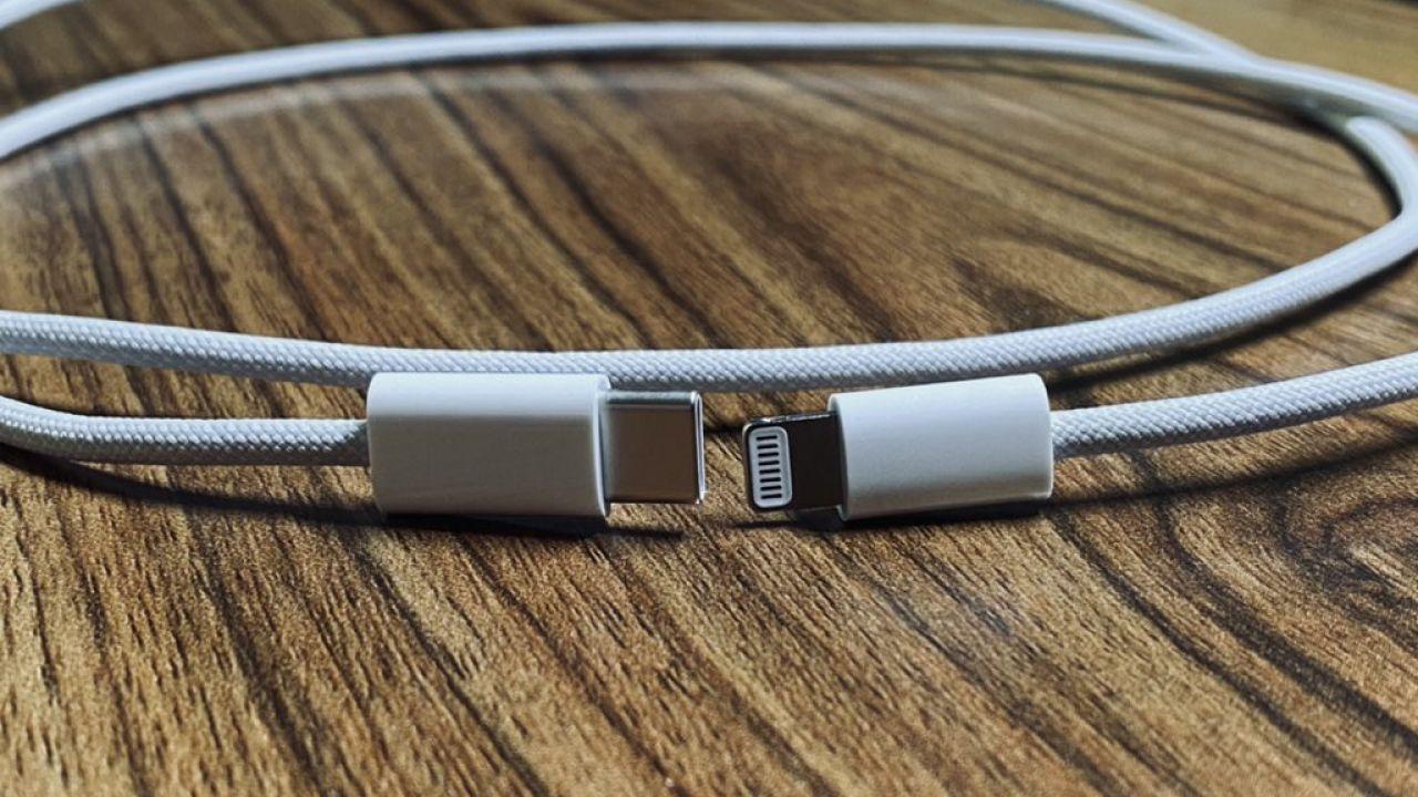 iPhone 12 è sempre più vicino: trapela il nuovo cavo USB-C per la ricarica