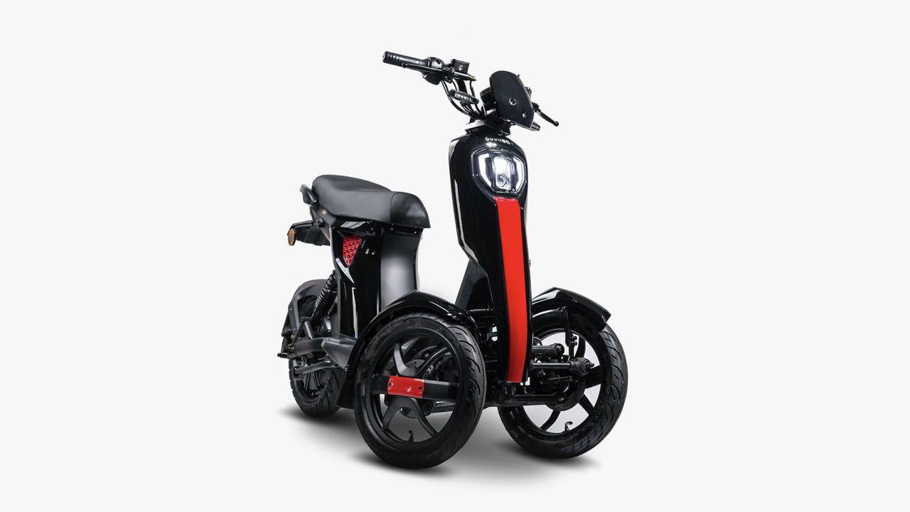 iTango, lo scooter elettrico a tre ruote con 70 km di autonomia