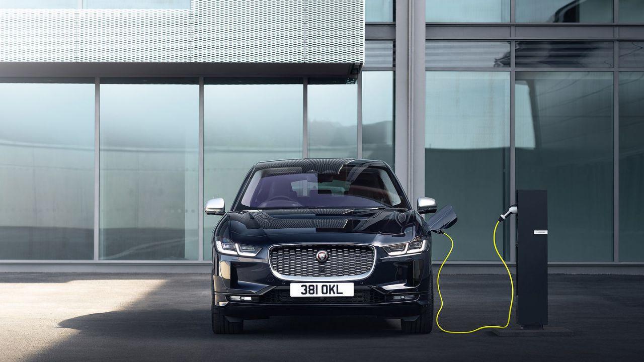 Jaguar è alla ricerca di partner per lo sviluppo di auto elettriche