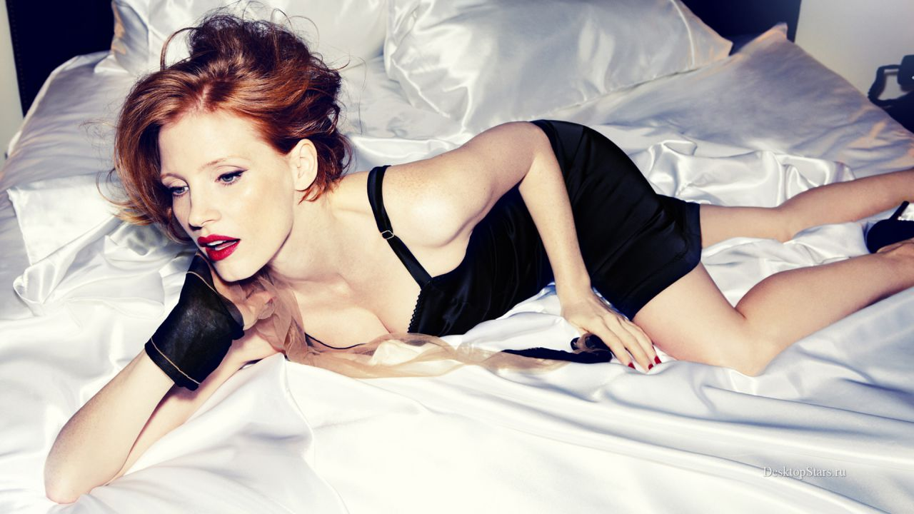 Jessica Chastain ci mostra il suo lato sexy: così la protagonista di It vive la quarantena
