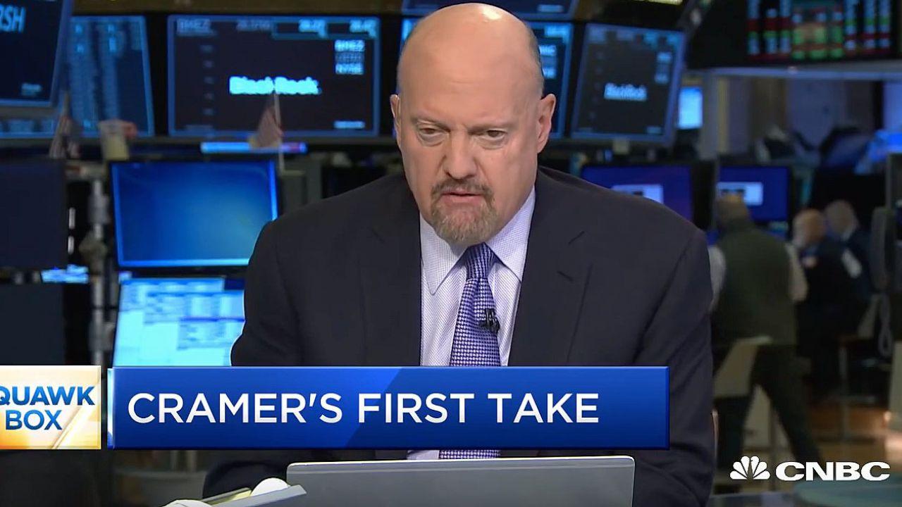 Jim Cramer punta su Tesla: 'I titoli petroliferi hanno finito'