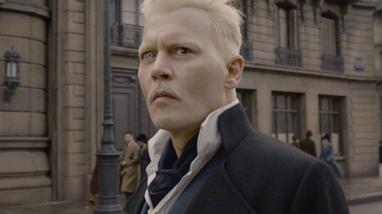 Johnny Depp tagliato fuori da Animali Fantastici 3, film rimandato al 2022