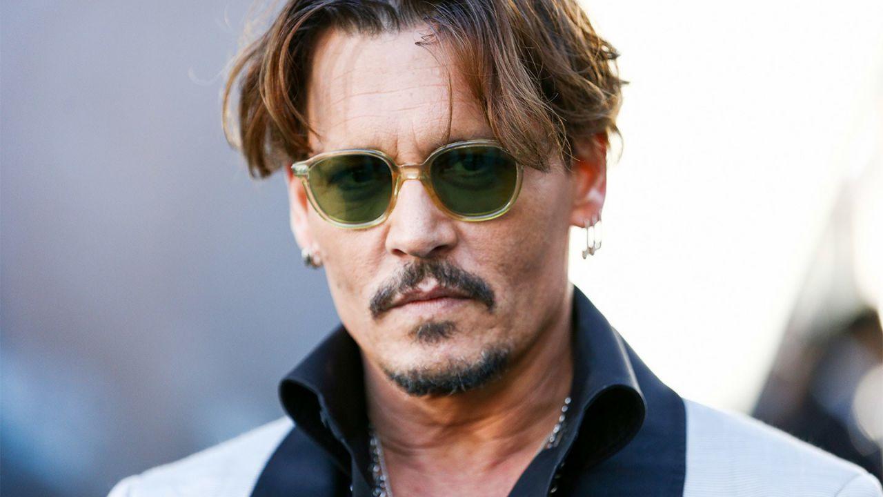 Johnny Depp, proseguono i guai: la star assume l'avvocato di Lady Diana