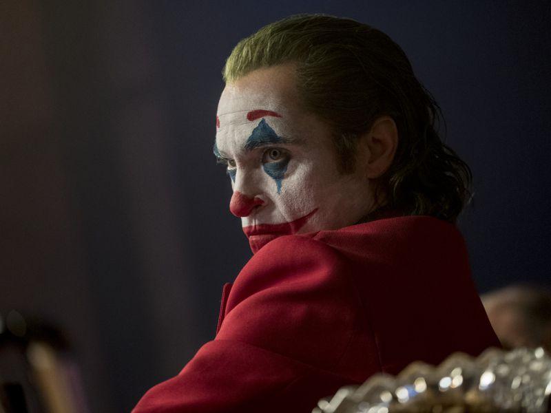 Joker: Joaquin Phoenix nel sensazionale poster IMAX del film di Todd Phillips