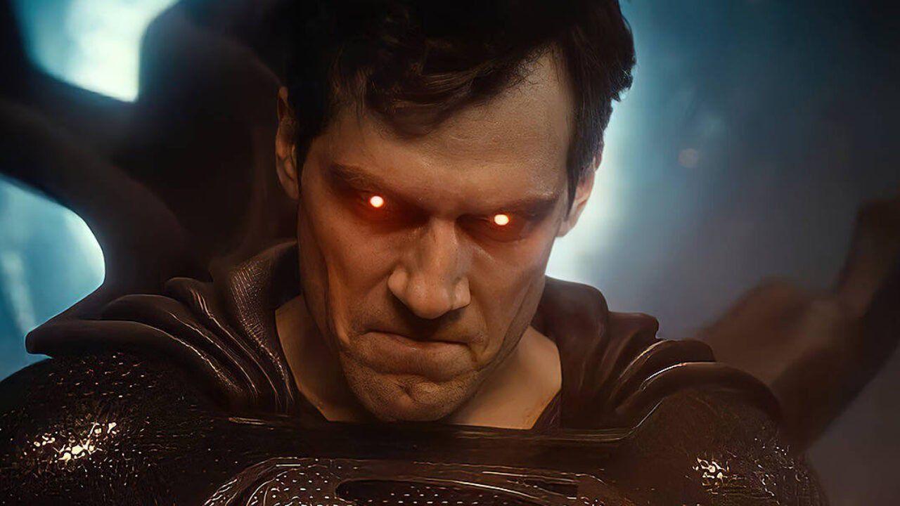 Justice League: ecco com'è stato realizzato il costume nero di Superman nella Snyder Cut