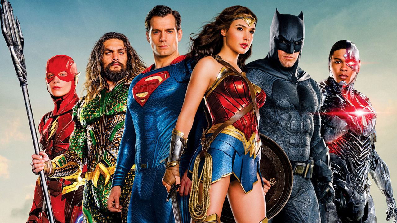 Justice League, Jason Blum sulla Snyder Cut: 'È fantastico, ma stiamo attenti'