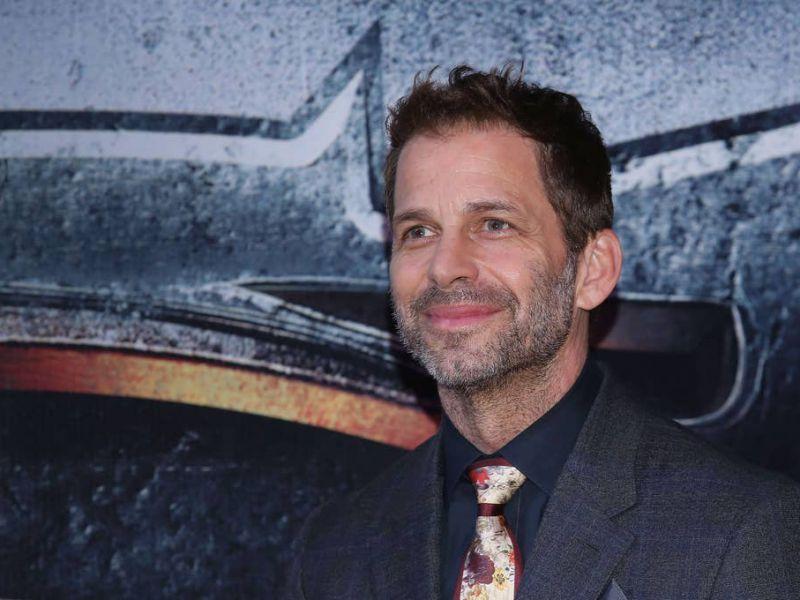 Justice League, saltata l'anteprima virtuale: le scuse di Zack Snyder ai fan