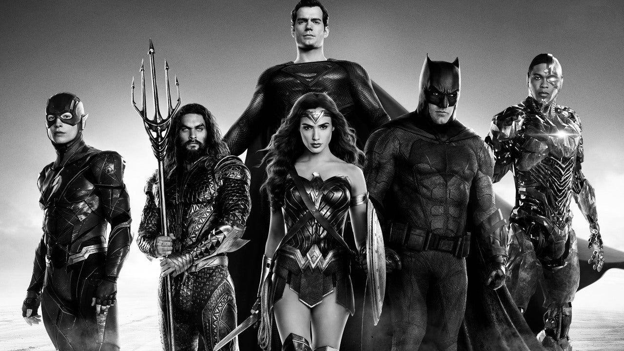 Justice League, Snyder: 'Bruce doveva innamorarsi di Lois'. E anticipa un cameo clamoroso