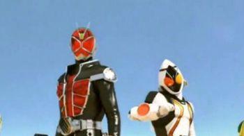 Kamen Rider: Battride War, screenshot sui personaggi