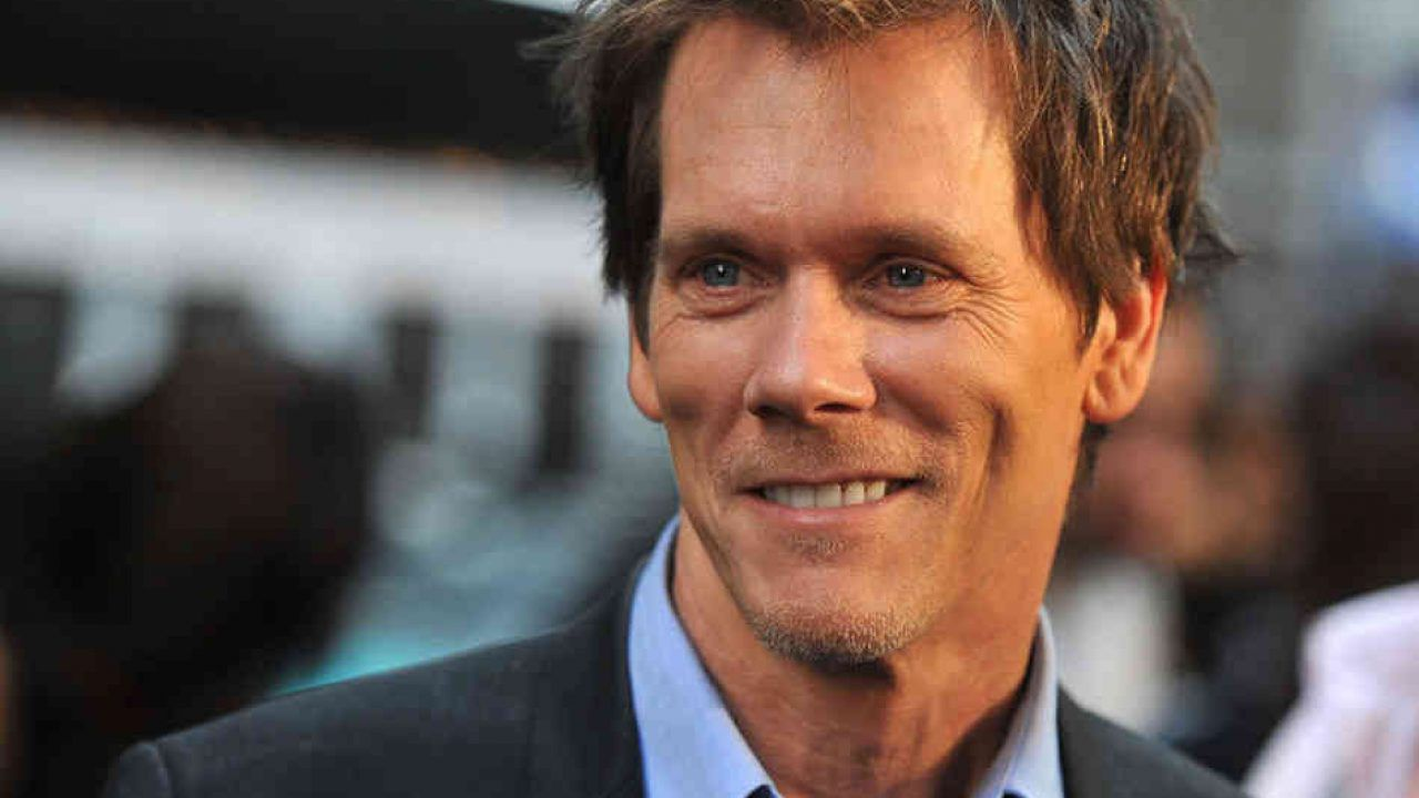 Kevin Bacon compie 62 anni, ma 01 Distribution fa gli auguri a Mark Wahlberg!