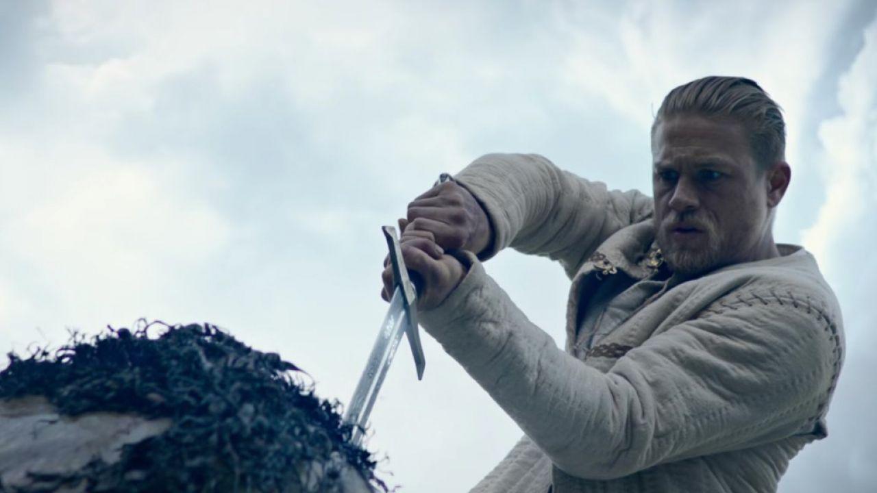 King Arthur - Il potere della spada, ecco il trailer in italiano del film!